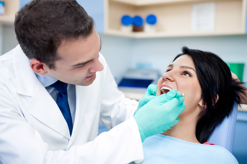 What is Involved in an Oral Cancer Screening?